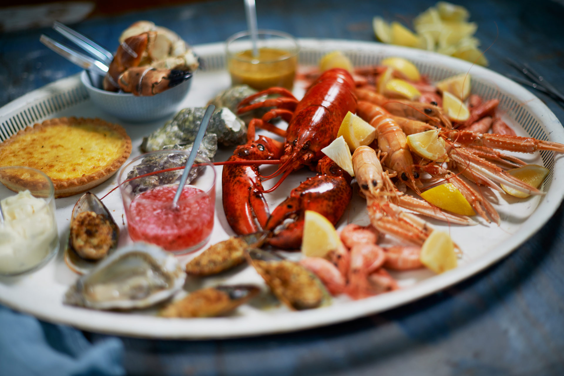 Fresh shellfish dishes to order at Sjofolkets fish restaurant in Simrishamn tips Österlen.se