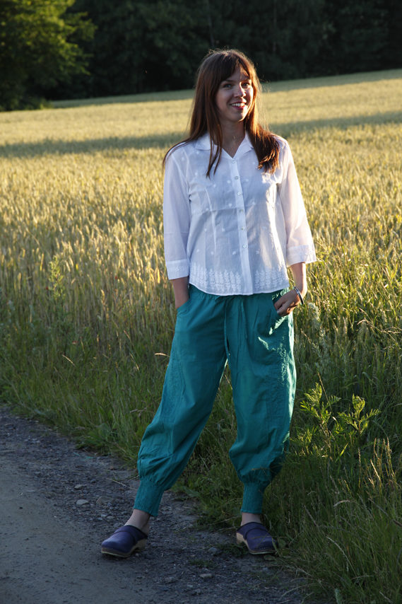 Cotton blouse and cotton yoga pants from Manvi