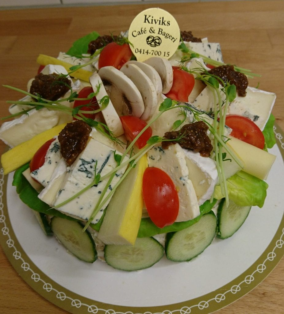 Vegetarian sandwich cake