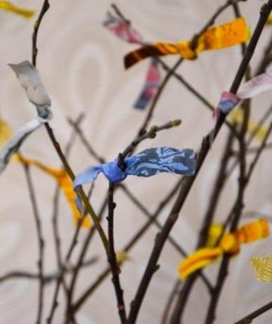 17_april_2019_Österlens_museum_Smycka_ditt_påskris_som_förr_i_tiden (1)