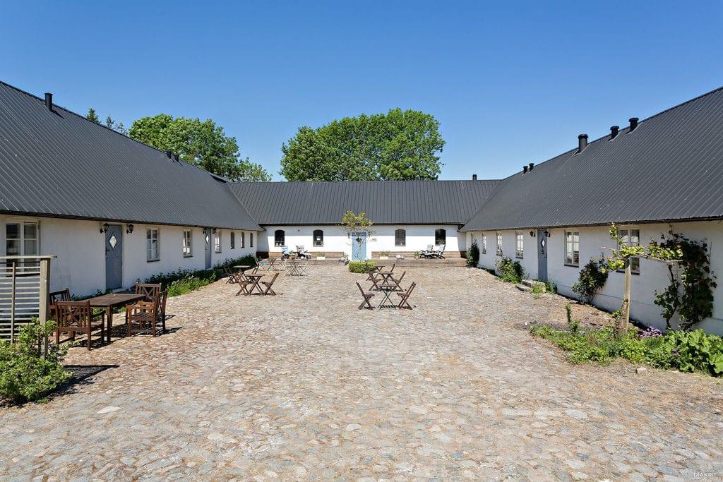 24 Fasad österlen.se