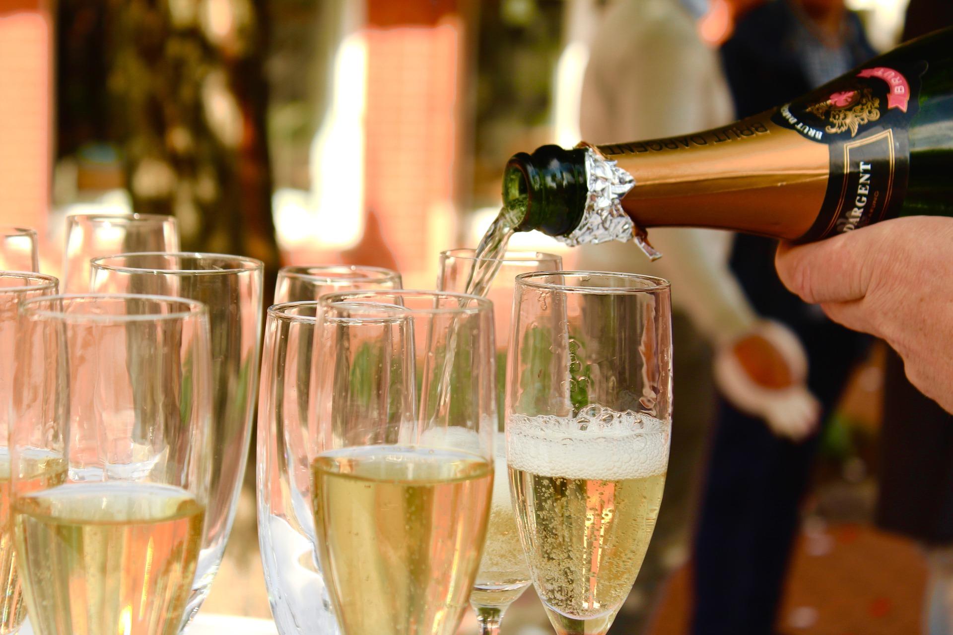 champagne 2407247 1920 österlen.se