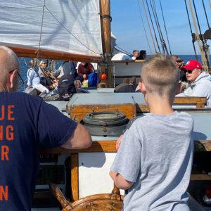 Family sailing with Klara Marie