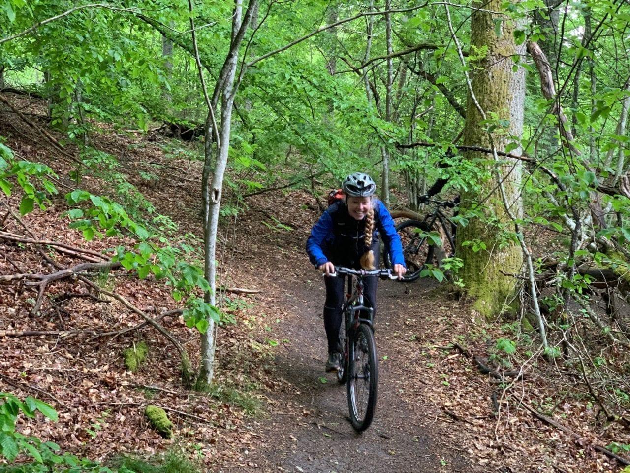 Mountainbike med adam pÅ Österlens vackraste stigar – villa gina