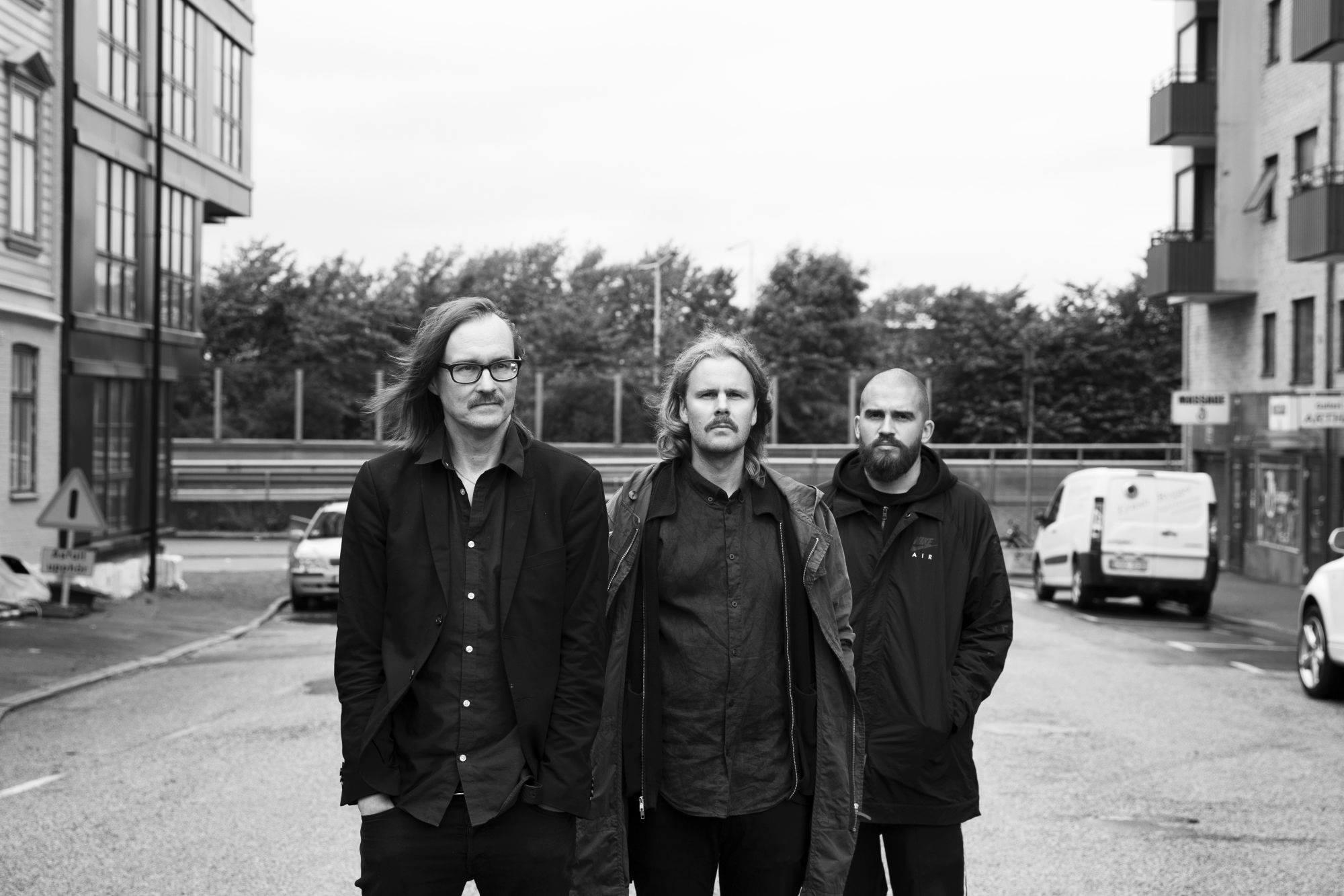 Franska trion – solhällan