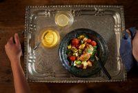 01 nyttiga ida recept - Värmande fisk & grönsakspanna med saffransyoghurt