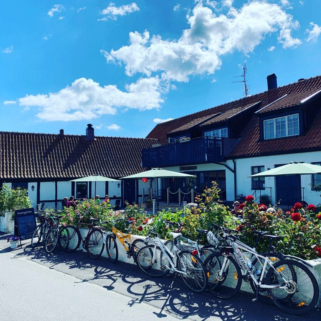 It is excellent to cycle to Hamngården