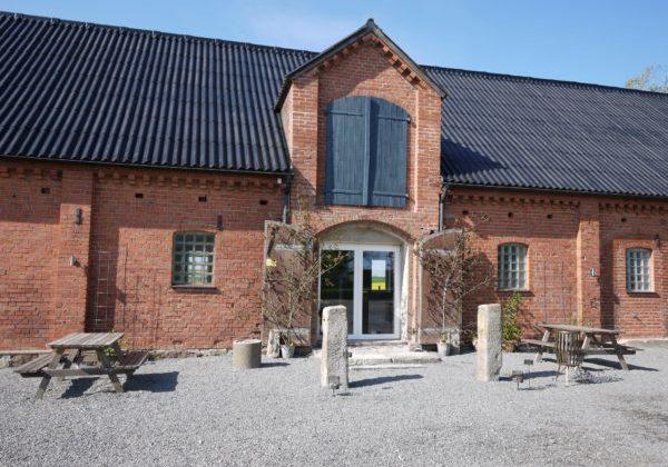 Frideborg på Österlen – ladan som blev en plats för Bröllop fest och glädje.
