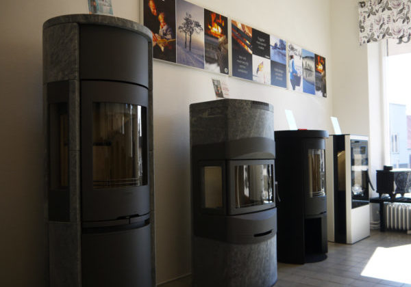 Sandgrens Spisar is located in Borrby and sells with wood-burning stoves.