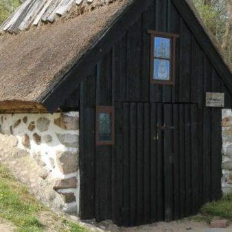 sankt nicolai kapell knäbäckhusen på österlen